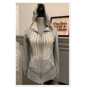 Anthropologie Bordeaux hoodie w/ lace detail
